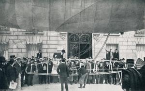 Baladeuse en el portal de casa de Santos Dumont