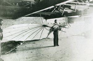 Primer planeador 1889