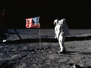 el-hombre-en-la-luna