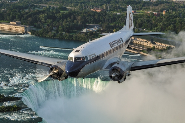 breitling-dc3-world-tour-niagara-falls-1